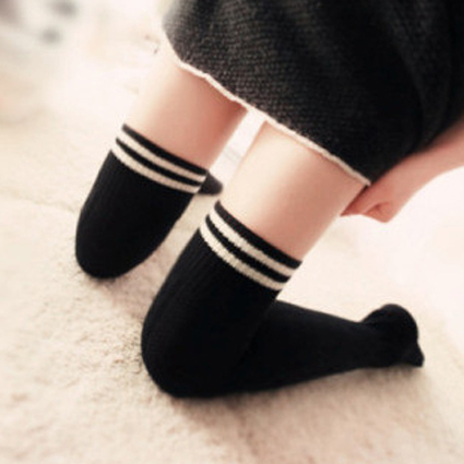 Navy stripe knee-high tights stockings black