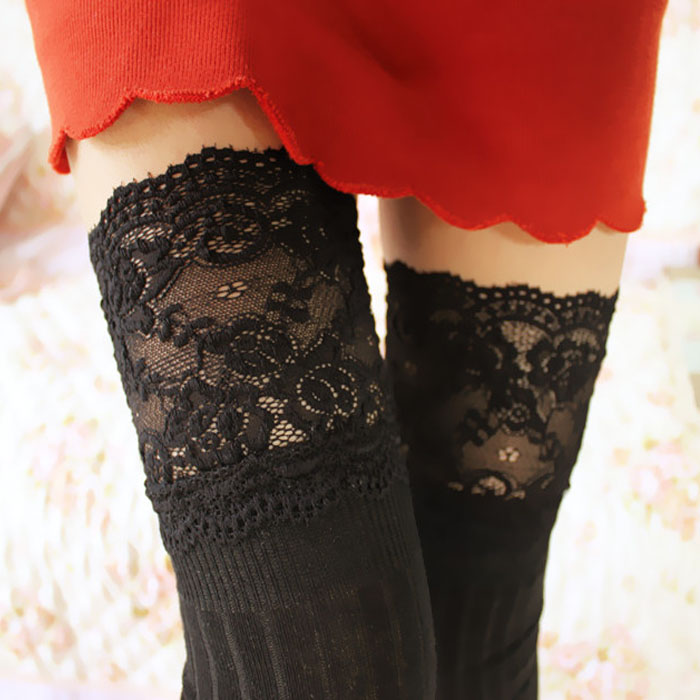 Vintage stripe lace knee-high black tights